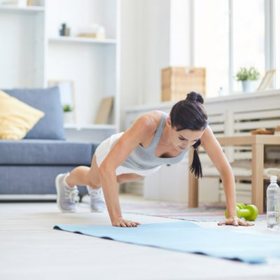 girl-training-at-home-ZGHS7QV.jpg